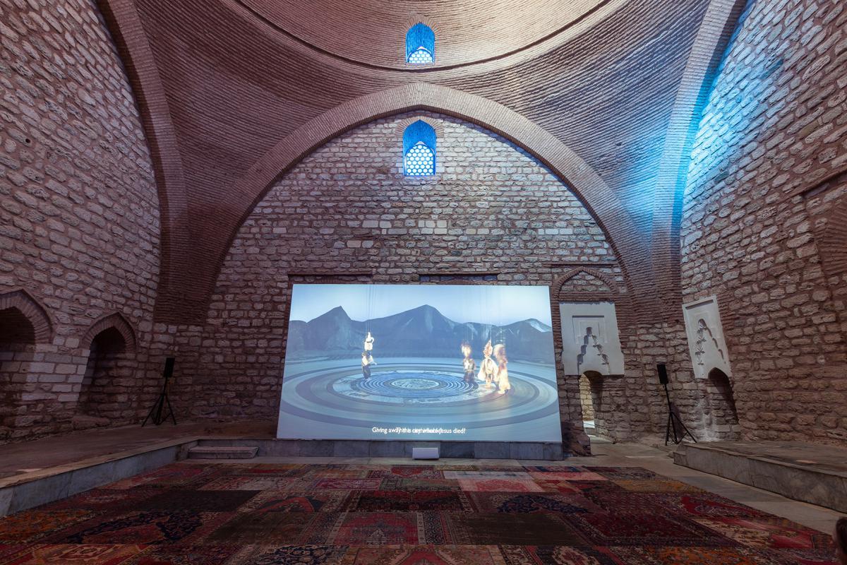 וואל שאווקי, קברט צלבנים, סודה של קרבלה 2015, צילום Sahir Ugur Eren באדיבות IKSV